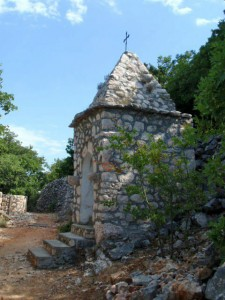 stone-house-for-praying-klada